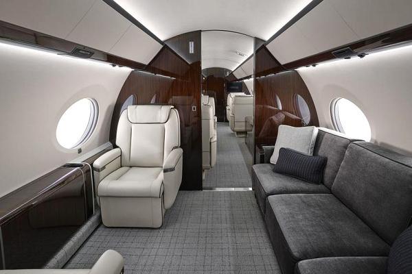 103770775-gulfstream_g650_interior-600x400