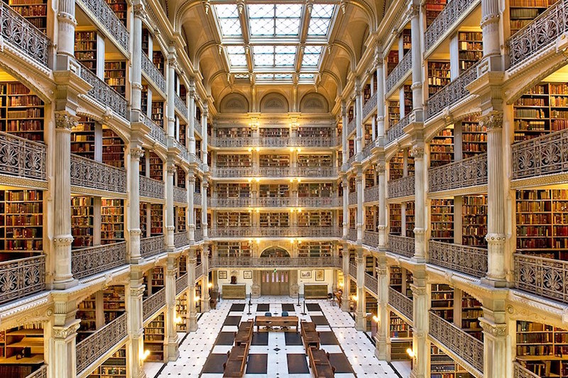 15 Stunning University Libraries Around the World